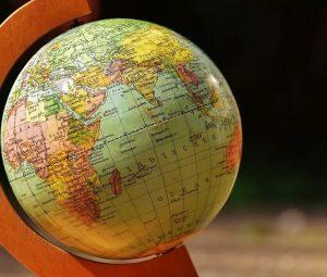 globe-1674102_1920-300x255
